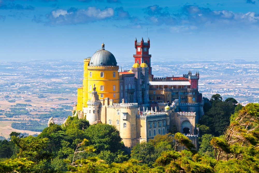 Pena National Palace - INTERPIXELS/Shutterstock